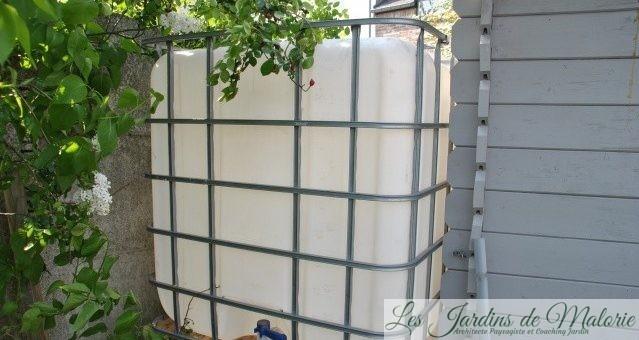 Or bleu: Nouvelle cuve pour récolter l'eau de pluie