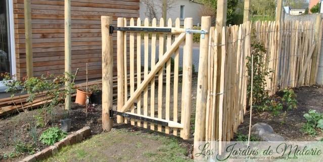 La clôture est finie! La pergola aussi!