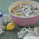 🥂 Sirop de fleurs de sureau: délicieux rafraîchissement!